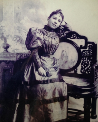 Mercedes Melendez Wright San Francisco, 1890s Native of El Salvador, married to American Capt. John T. Wright Photo courtesy of Pamela Wright Lloyd