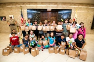 4th grade students deliver petitions to Governor Brown's office