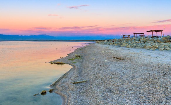 2_feb_superlist_SaltonSea_Thomas-Haraikawa